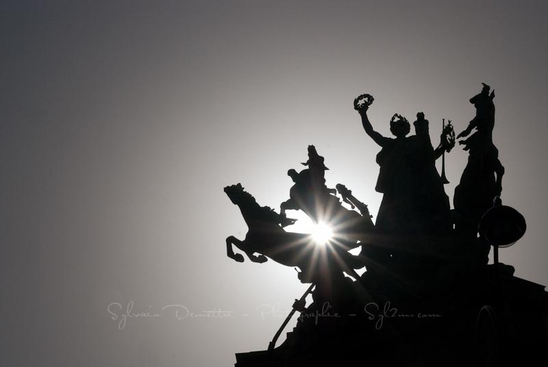 Statues de chevaux