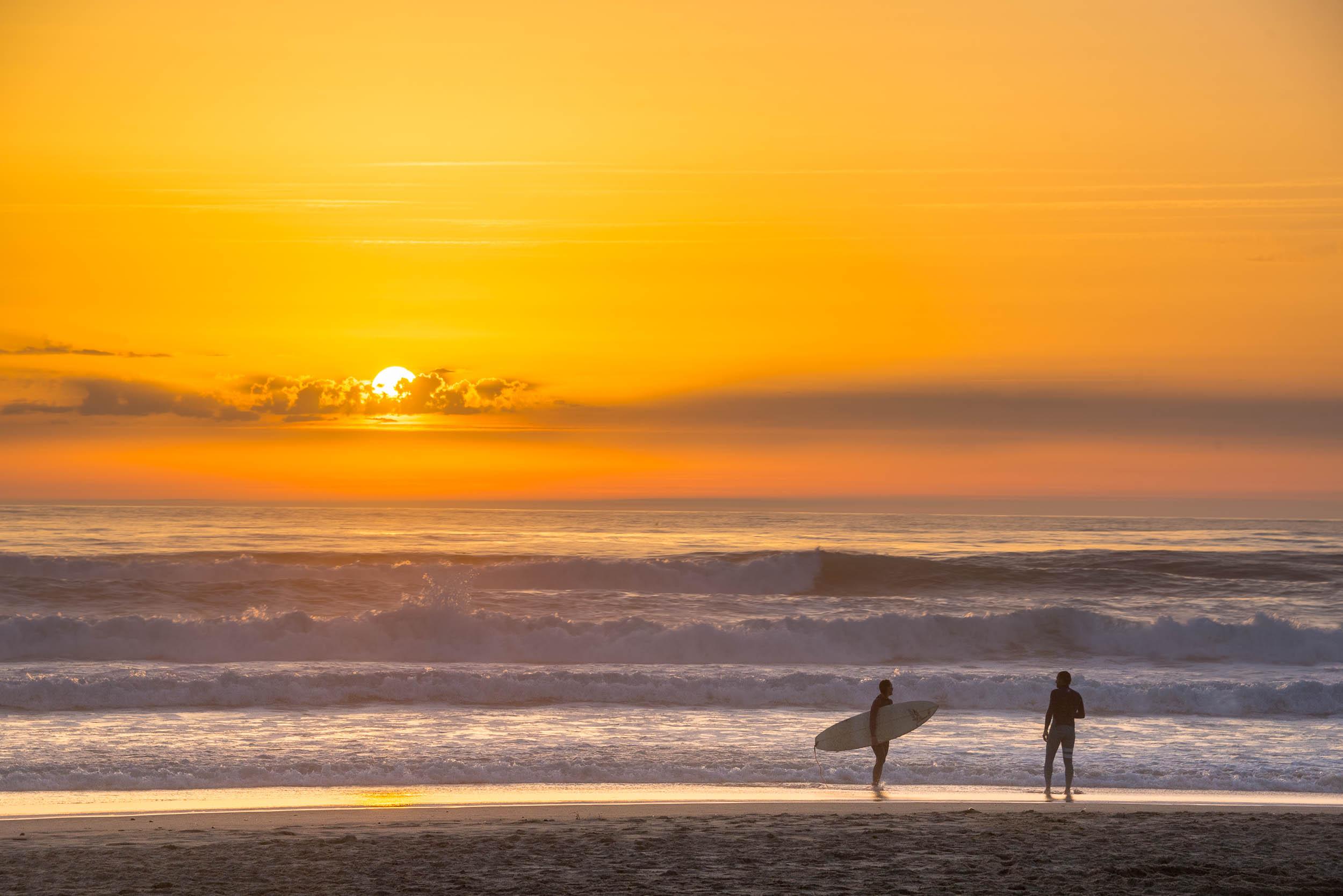 Surfeur et la mer