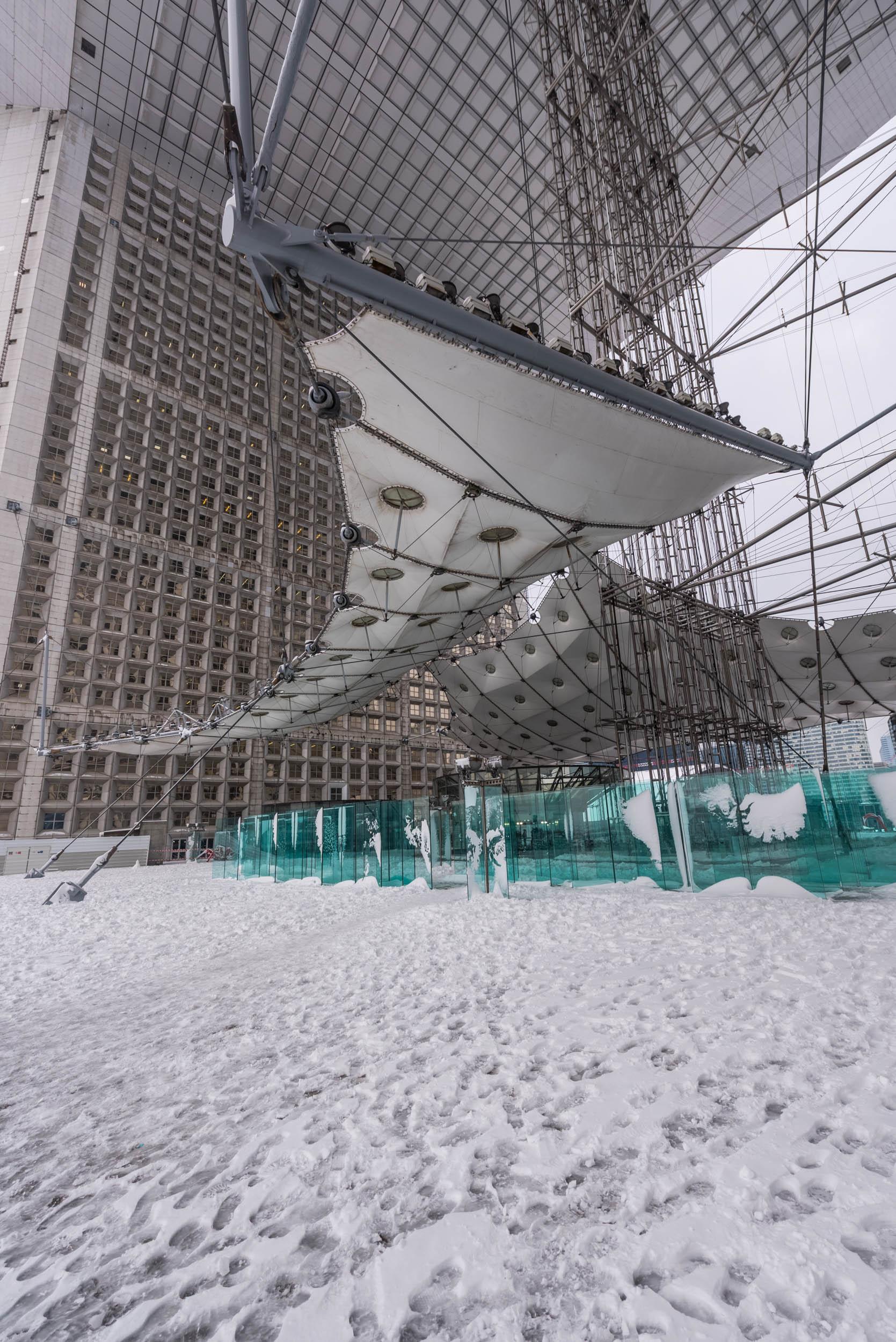 La Grande Arche sous la neige