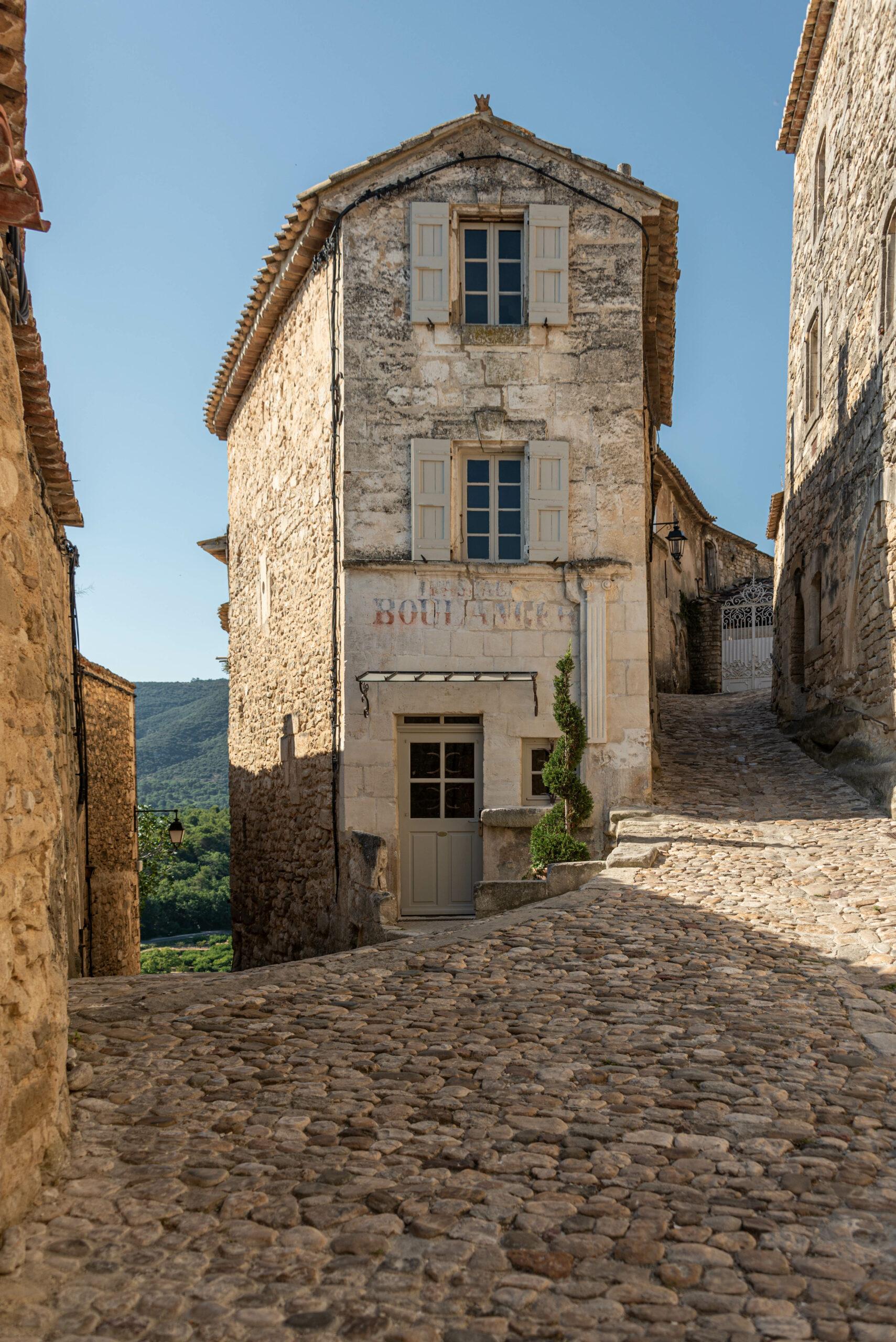Lacoste - Luberon • Ancienne boulangerie